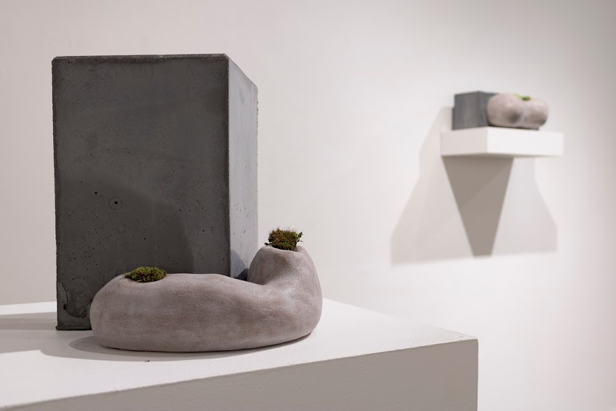 Laura Primozic, Microenvironments 4, concrete, earthenware, moss. Image courtesy of Lucas Stiegman.