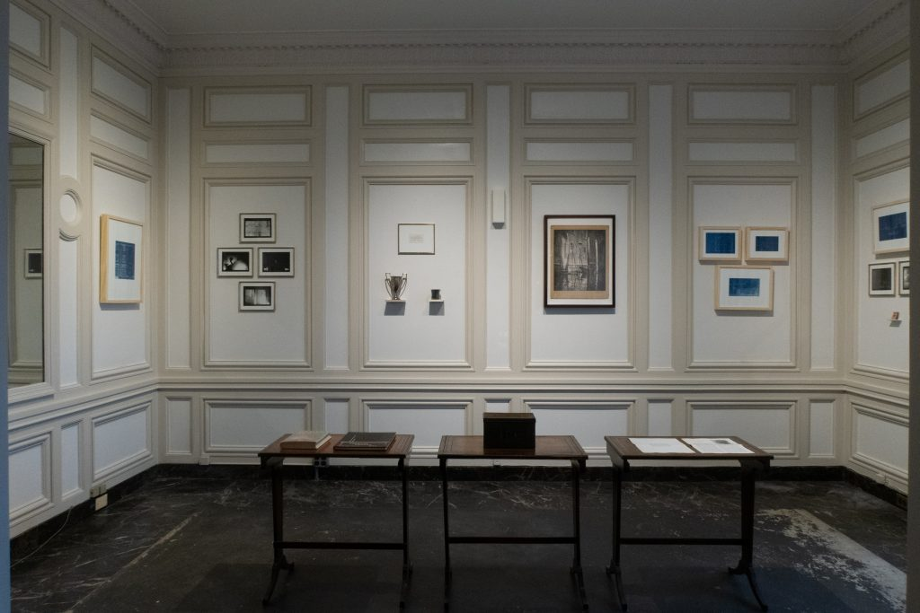 Image: An installation view of Kioto Aoki's work installed among the objects within the collection at the International Museum of Surgical Science as part of the exhibition Breathe, Fibers of Papers Past. Courtesy of the artist.